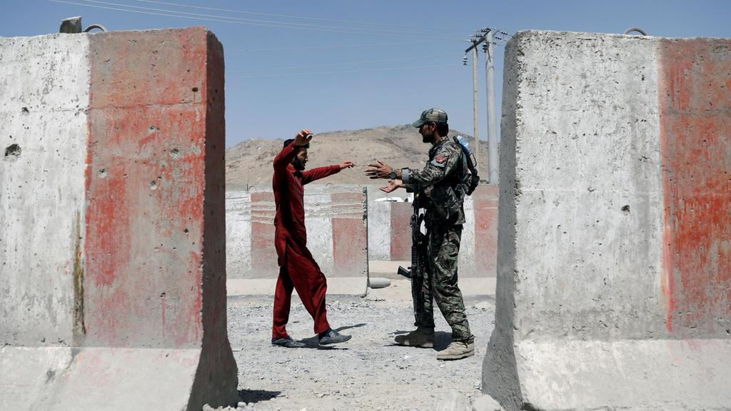Fall of military base and battle for Ghazni exposes failures in Afghan military strategy
