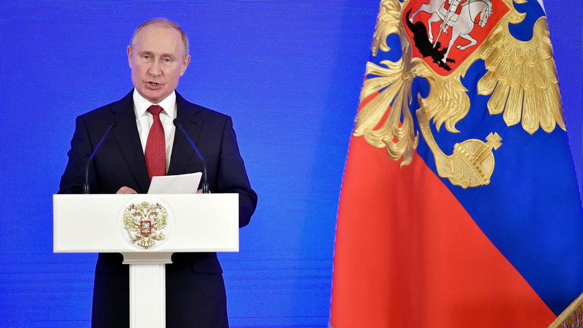 Russia flaunts Taliban talks snubbed by Afghan government