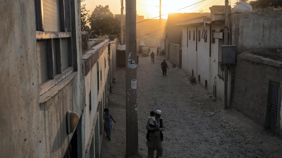 Taliban attacks Kunduz city again as peace talks continue