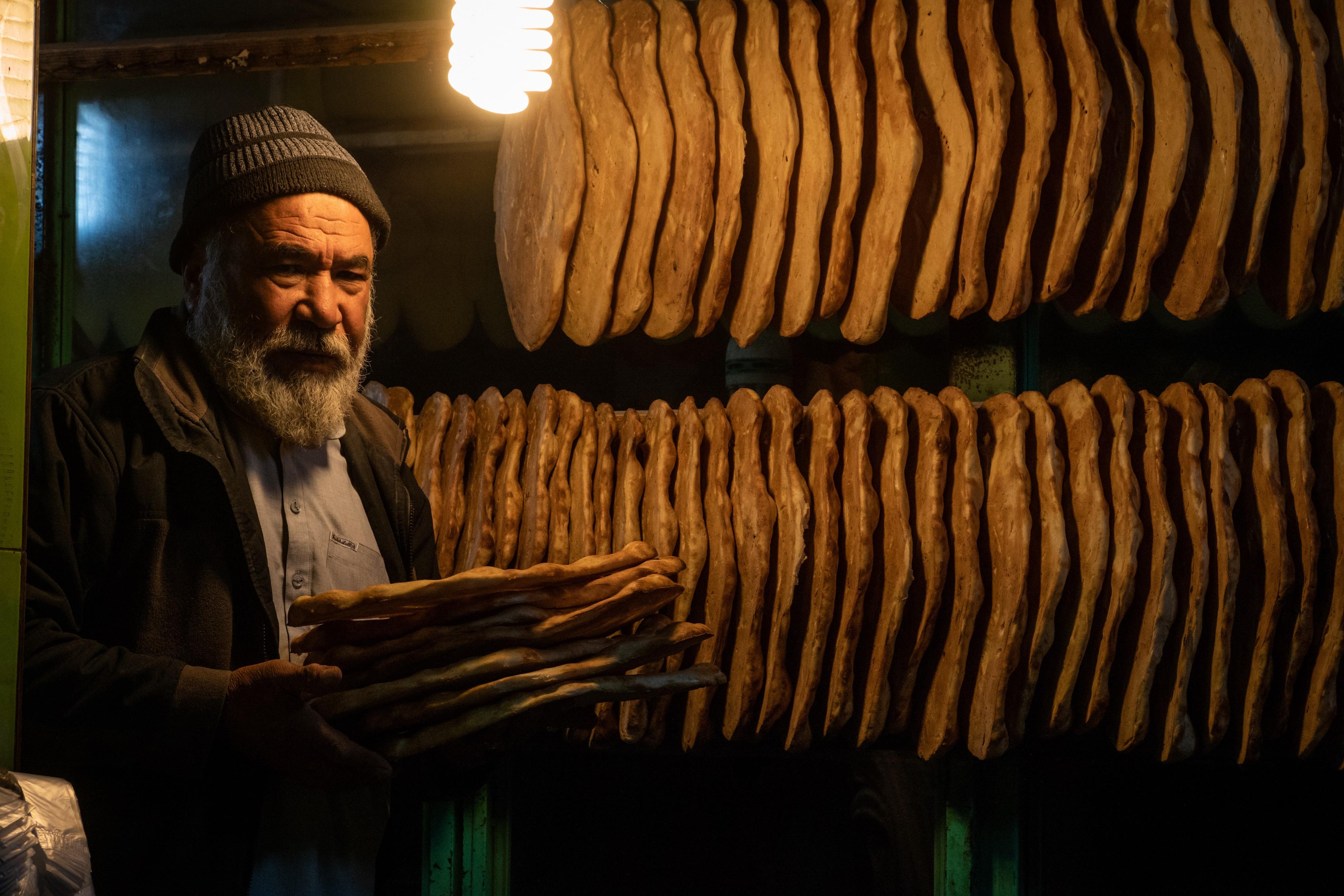 In Kabul, Naan Endures